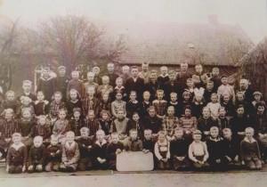 Schulfoto vom 07.09.1930 Weitere Infos sind leider unbekannt.