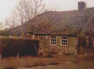 Dieses Haus von Familie Oltmanns stand zwischen ehemalig Bäcker Weers und Hinrikus Reemts.